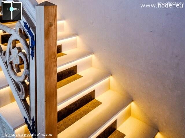 schody z kamienia, kamienne podstopnice