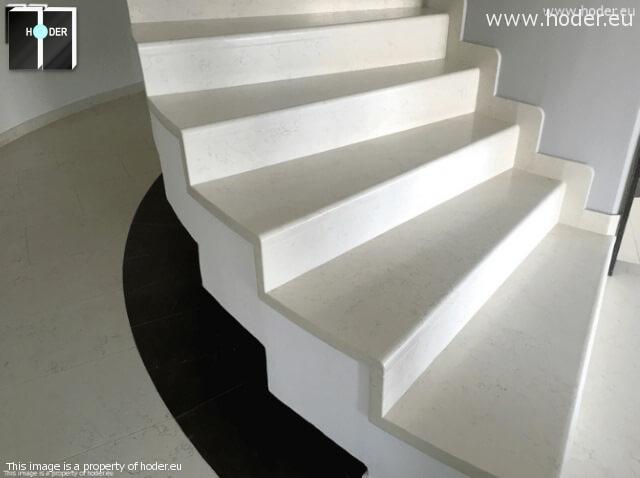 schody z kamienia naturalnego